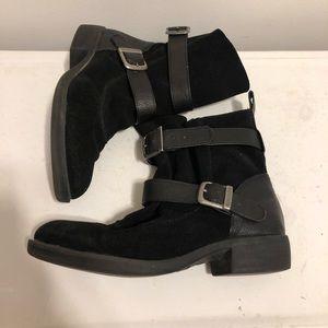 MIA 'Odetta' Moto boot suede. Adjustable buckles